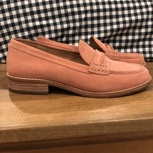 Blush made well loafers